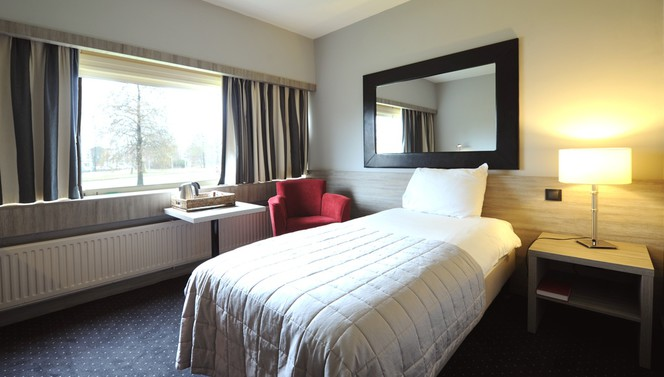 Standard single room Hotel Drachten
